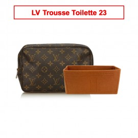 LV Trousse Toilette 23